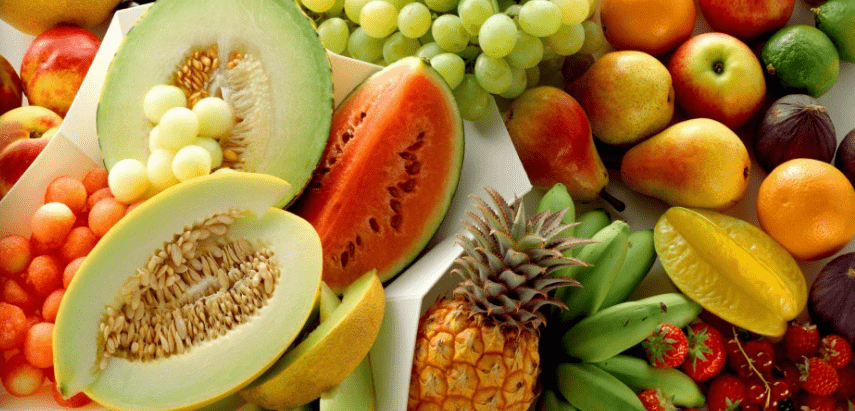 what fruit I can safely give to my dog