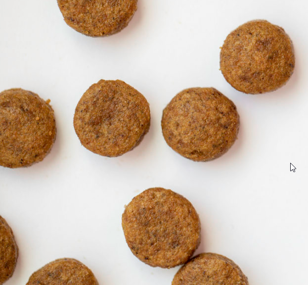 The homemade kibble that all the dogs prefer the most and above all